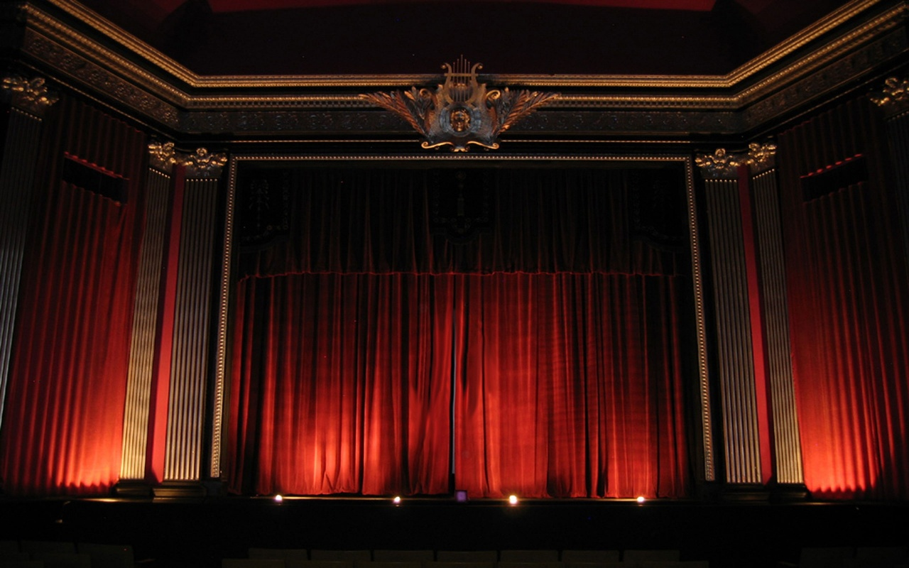 Red stage curtain with lights - 17 Best Ideas About Home Theater Curtains On Pinterest Movie Rooms Home Room Movie And Media Room Decor